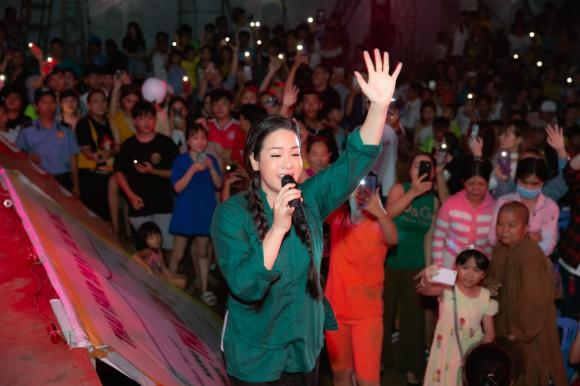 Nhật Kim Anh, tiếng sét trong mưa, sao Việt