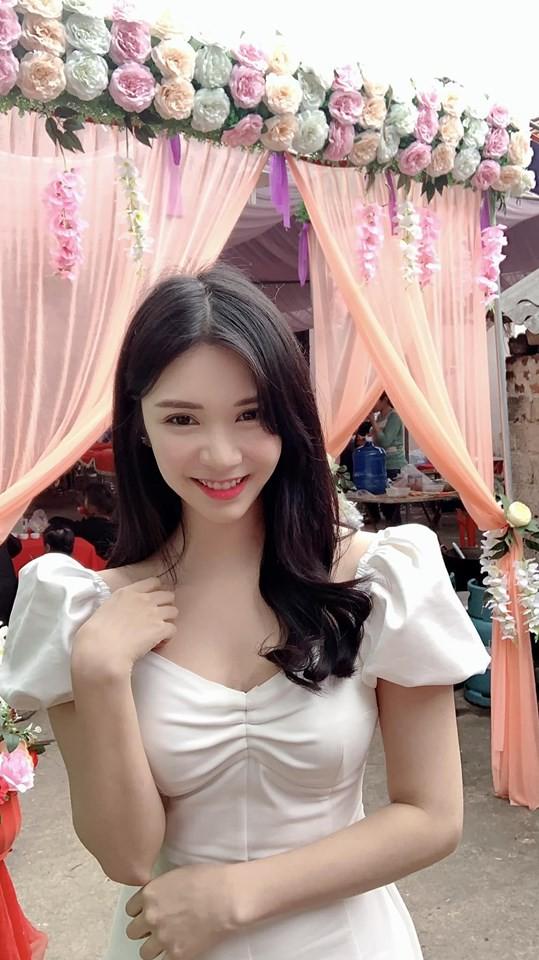 quang lê, hotgirl ,Thanh Bi, sao Việt