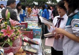 Khai mạc ngày hội đọc sách Việt Nam lần đầu tiên