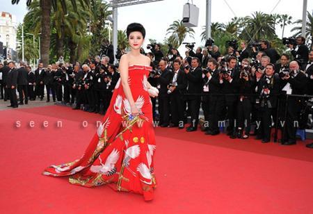 Thời trang trên thảm đỏ của Phạm Băng Băng