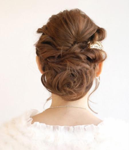 Những kiểu tóc xoăn Hàn Quốc đẹp cho bạn gái