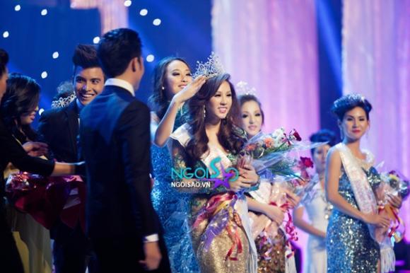 Cận nhan sắc Hoa hậu phu nhân thế giới người Việt 2012