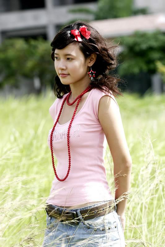 Mỹ nhân Việt: Mắt một mí vẫn đẹp hút hồn
