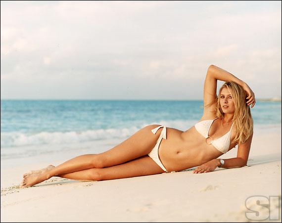 Những người mẫu mặc bikini lừng danh