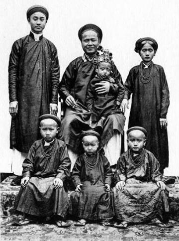 Nhà giàu Việt xưa tận hưởng 'cái sự sung sướng' thế nào? (kỳ 1)