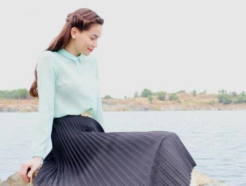 'Học lỏm' cách tết tóc mái dịu dàng như loạt kiều nữ showbiz Việt
