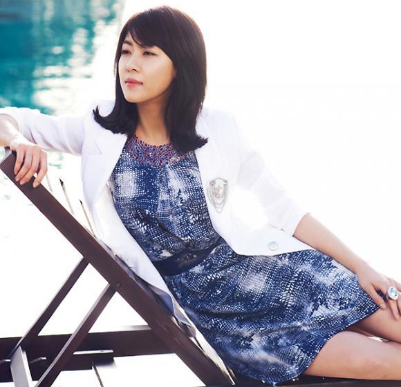 'Học lỏm' cách mix đồ ngày hè nổi bật như sao Hàn