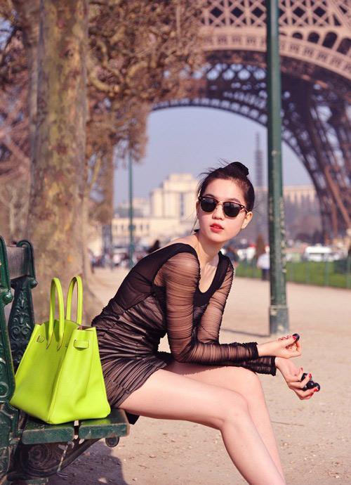 Soi BST túi xách hàng hiệu 'khủng' của Ngọc Trinh