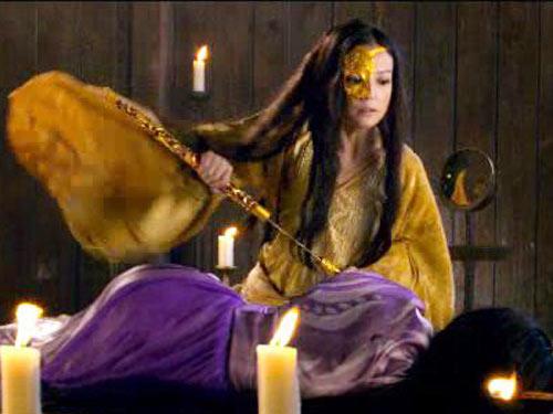Ngắm mặt nạ 2 cây vàng của Triệu Vy trong 'Họa bì 2'