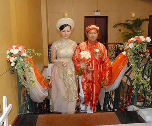 Các cặp đôi 'Bạch Tuyết - chú Lùn' của showbiz Việt