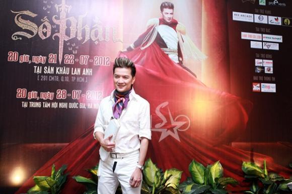 Đàm Vĩnh Hưng mở liveshow 'khủng' kỉ kiệm 15 năm ca hát