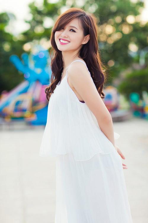 Hot girl Tâm Tít đã nhiễm 'virut sexy'