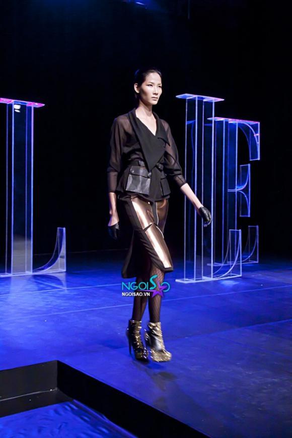 """Dàn cựu Next Top Model đổ bộ sàn runway """"Elle Fashion Show"""""""