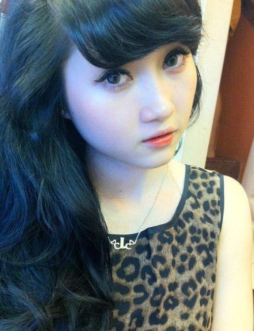 Những người đẹp bán hàng online khiến dân mạng 'phát sốt'