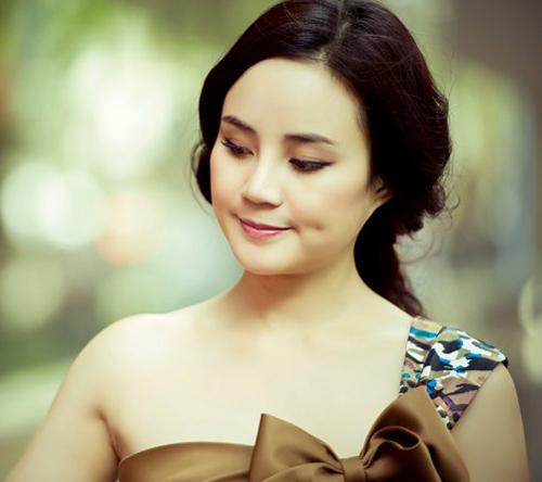 10 má lúm 'hái ra tiền' của sao Việt