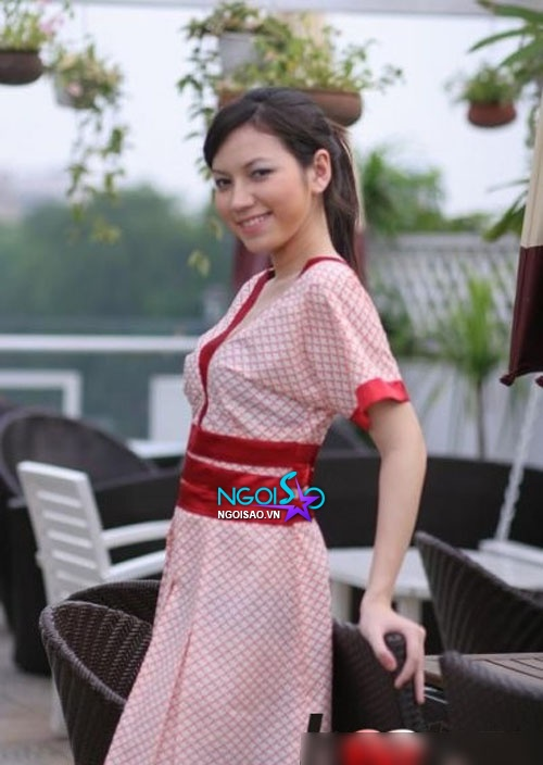 Cận nét đẹp lai tây từng thi hoa hậu của vợ mới MC Anh Tuấn