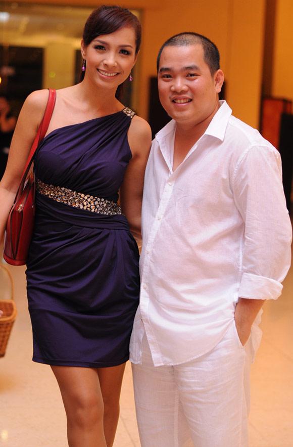 Bốn cặp đôi chồng thấp – vợ cao của showbiz Việt