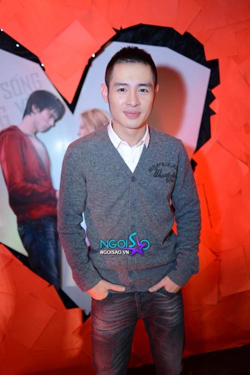 Hot teen Tùng Tống, Hà Min 'chạm mặt' tại sự kiện