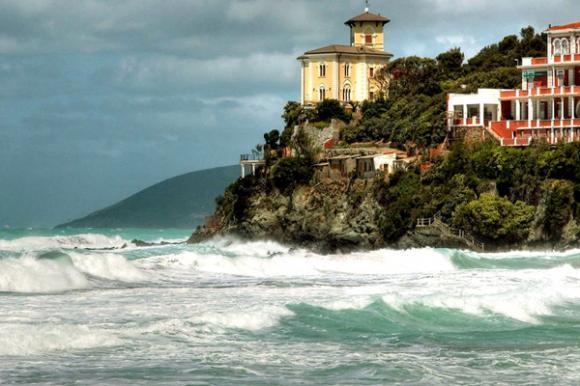 canhdepnuocy10jpg1371484263 Ngắm những phong cảnh đẹp như mơ của nước Ý