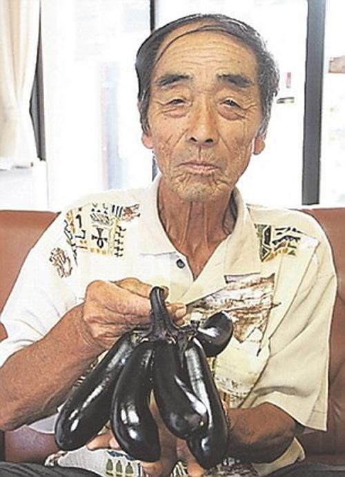 Hàng loạt rau củ biến dạng sau sự cố hạt nhân Fukushima?