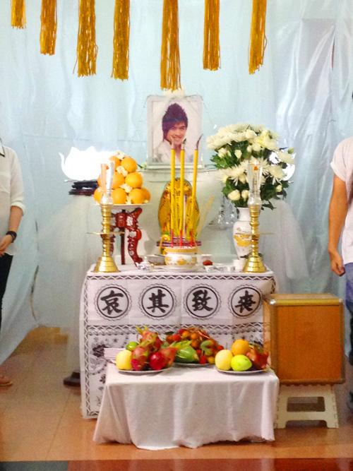 Những điều kỳ lạ trong đám tang Wanbi Tuấn Anh