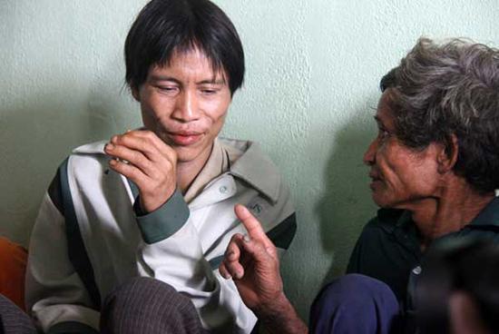 TS. Vũ Thế Long: Cha con Hồ Văn Thanh không phải là người rừng