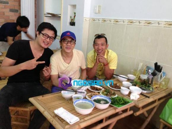 Sao ăn gì hôm nay (P63): Khanh Chi Lâm khoe vòng một 'trễ nải', đi ăn cùng bạn