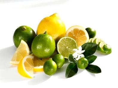 Trị mụn trứng cá bằng những loại trái cây hàng ngày