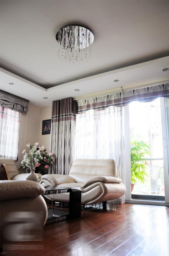 Ngôi nhà đẹp, sang trọng của gia đình Chi Pu