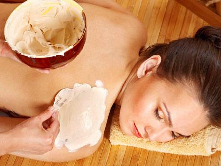 3 cách dưỡng trắng da toàn thân hiệu quả tại nhà
