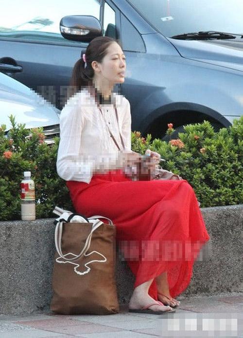 Sao nữ bị thiếu gia Lý Tông Thụy cưỡng hiếp lộ vết từng cắt cổ tay tự tử