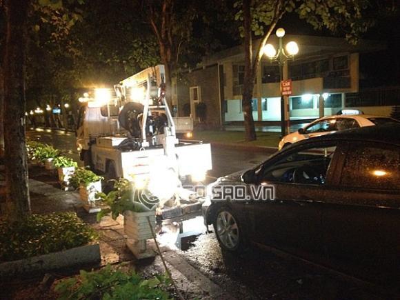 Siêu mẫu Kim Dung bị tai nạn xe hơi nghiêm trọng giữa đêm khuya