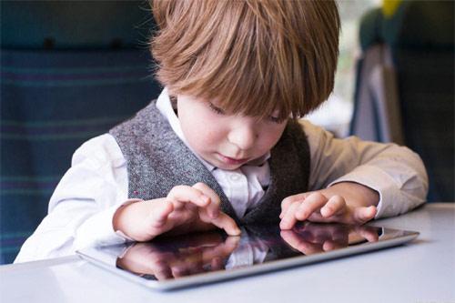14 dấu hiệu trẻ thông minh hơn người