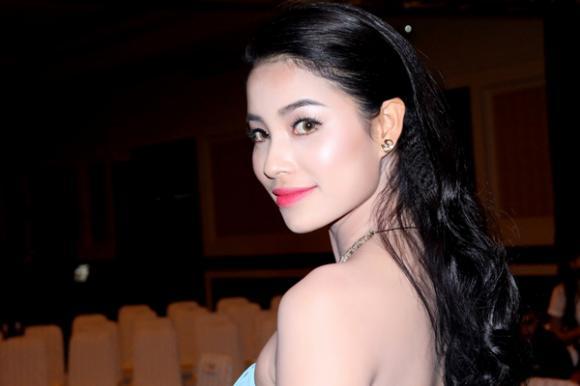 Phạm Hương đẹp rạng ngời sau khi 'trắng tay' tại 'Hoa hậu Việt Nam 2014'