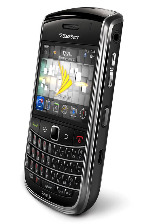 Cơn sốt toàn quốc, Blackberry 9650 hãng Mỹ giá 1,3 triệu