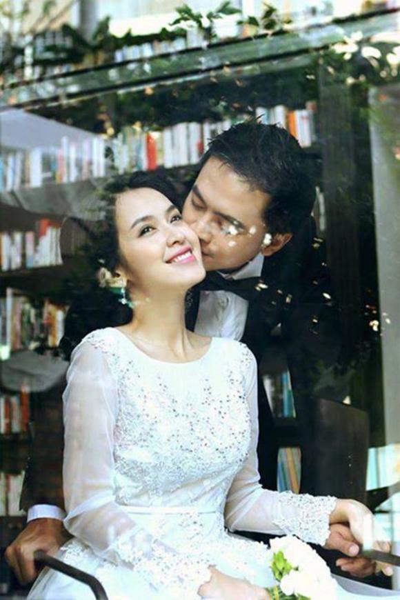 Những 'cặp đôi hoàn hảo' trúng 'tiếng sét ái tình' năm 2014