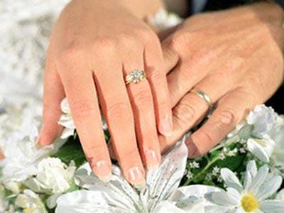 Nỗi đau của người đàn ông phải cưới chồng mới cho... vợ