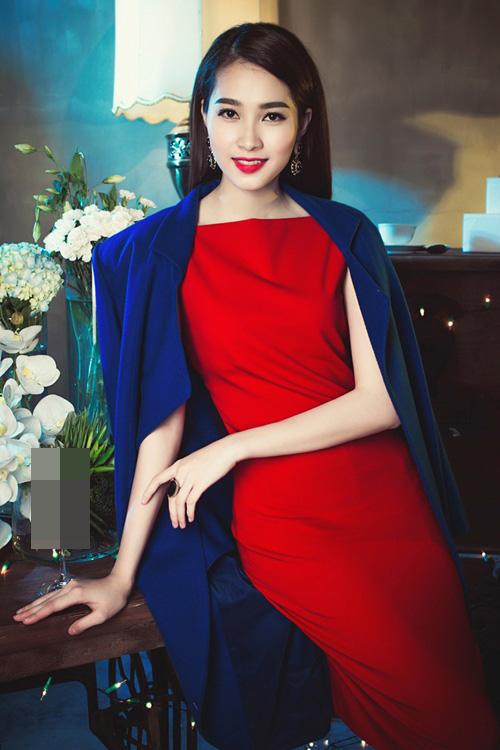 6 nhan sắc tuổi Mùi đẹp ngỡ ngàng của showbiz Việt - 2