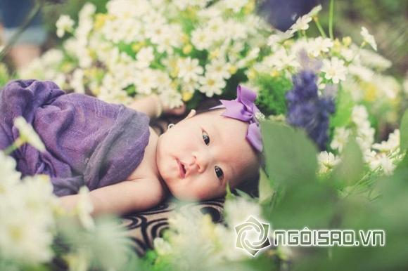 Con gái út Lý Hải mặc váy, cài hoa xinh như công chúa 7