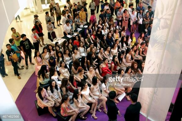 Thí sinh Hoa hậu Chuyển giới Thái Lan 2015 12