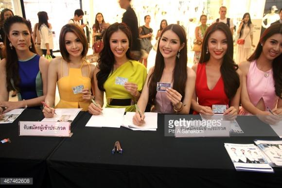 Thí sinh Hoa hậu Chuyển giới Thái Lan 2015 14