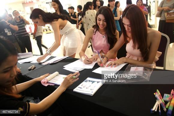 Thí sinh Hoa hậu Chuyển giới Thái Lan 2015 16