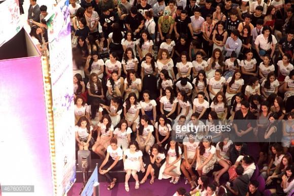 Thí sinh Hoa hậu Chuyển giới Thái Lan 2015 19
