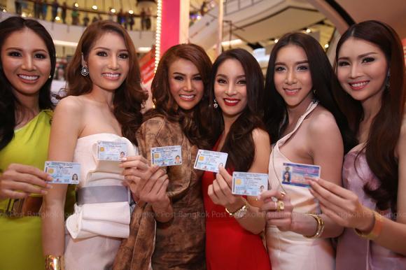 Thí sinh Hoa hậu Chuyển giới Thái Lan 2015 6