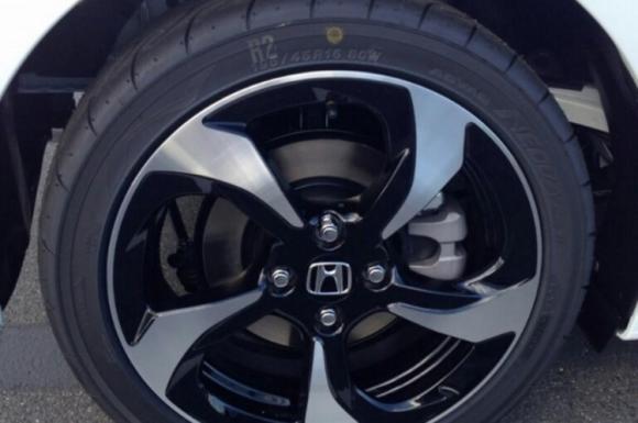 Bắt quả tang Honda S660 2015 sắp lên kệ - 3