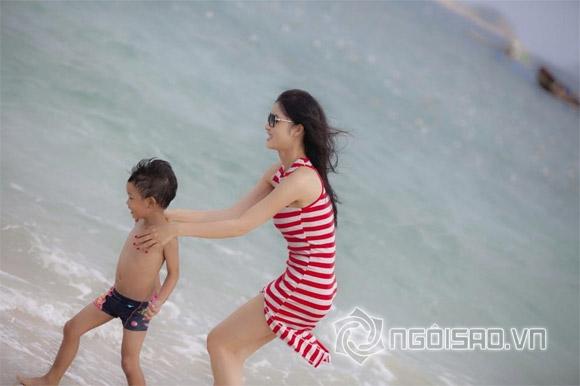Triệu Thị Hà khoe dáng nuột nà trên biển 5