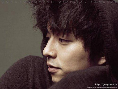 10 mỹ nam Hàn được gọi là 'khủng long' điển trai
