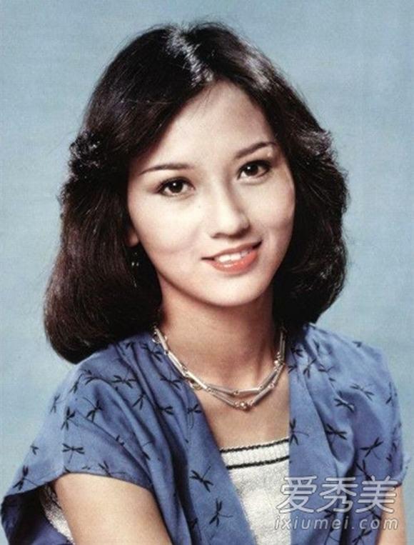 10 sao nữ có ảnh thời tuổi 18 đẹp nhất Hoa ngữ
