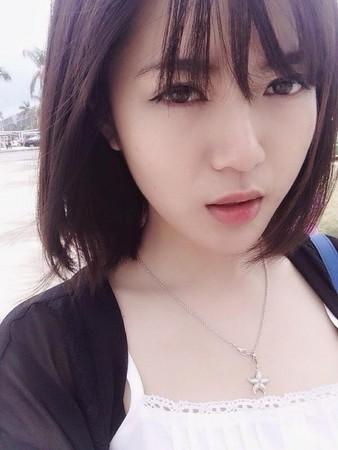 Hotgirl MU gây sốt mạng Trung 2