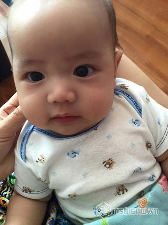 Con trai út Ốc Thanh Vân càng lớn càng đẹp trai kháu khỉnh